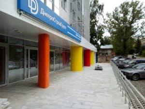 Оформление колонн в жилом доме ДнепроСтройГрупп
